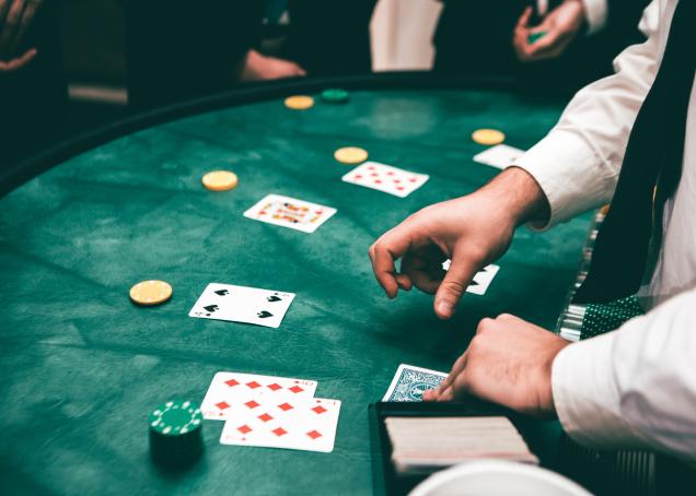 Nine Most Amazing Online Gambling